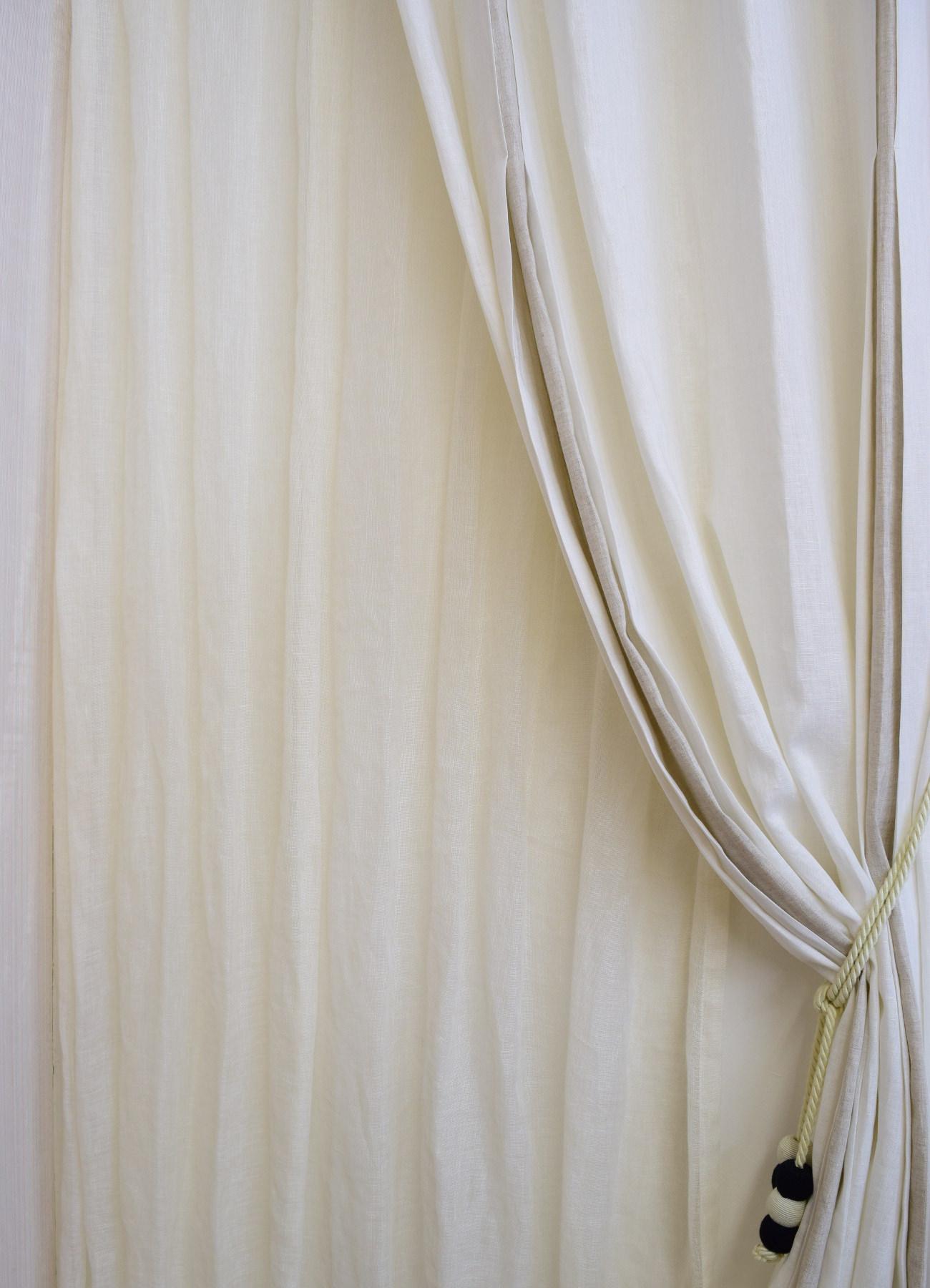 ドレスのようなリネンカーテン③